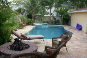 20 03_west_landscape_pool deck