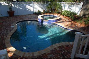 26 01_petterson_pool deck