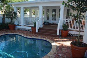 26 02_petterson_pool deck